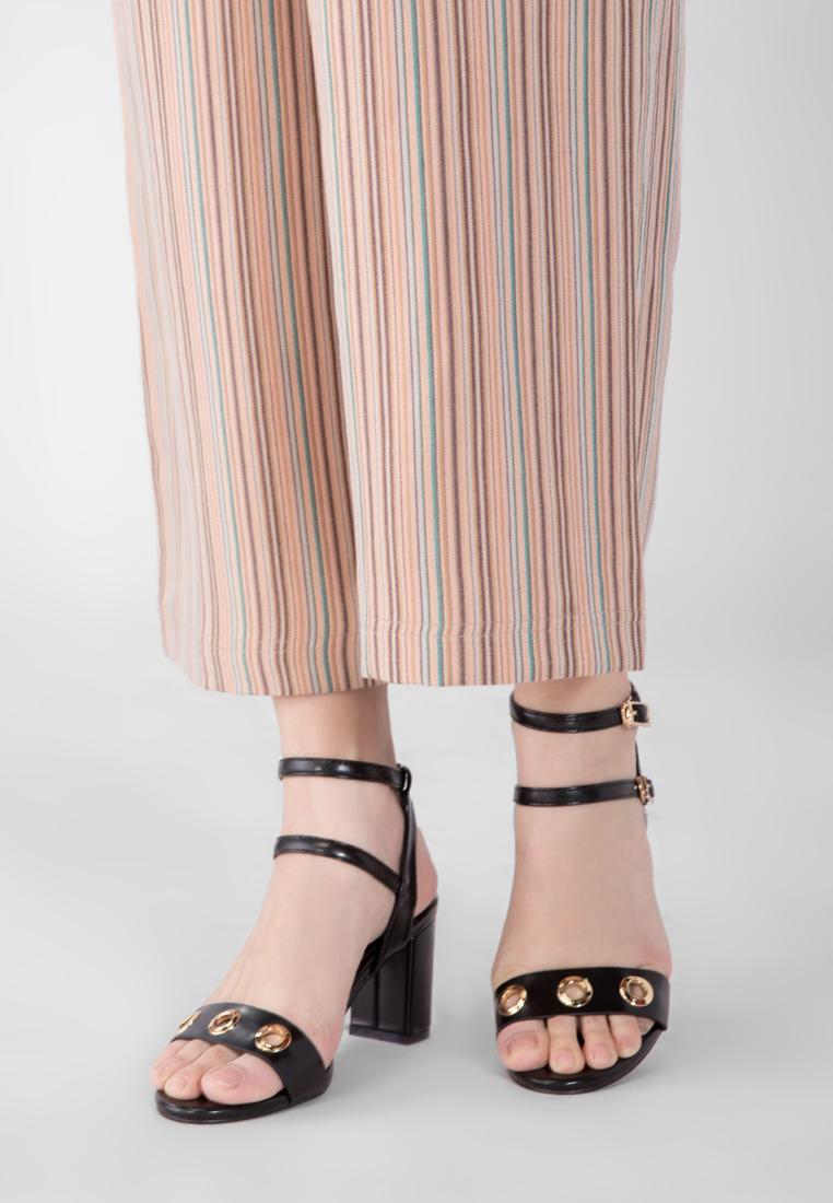 nhung-mau-sandals-sablanca-hot-trend-mua-he