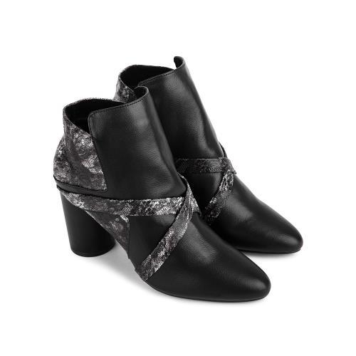 Boot 0002
